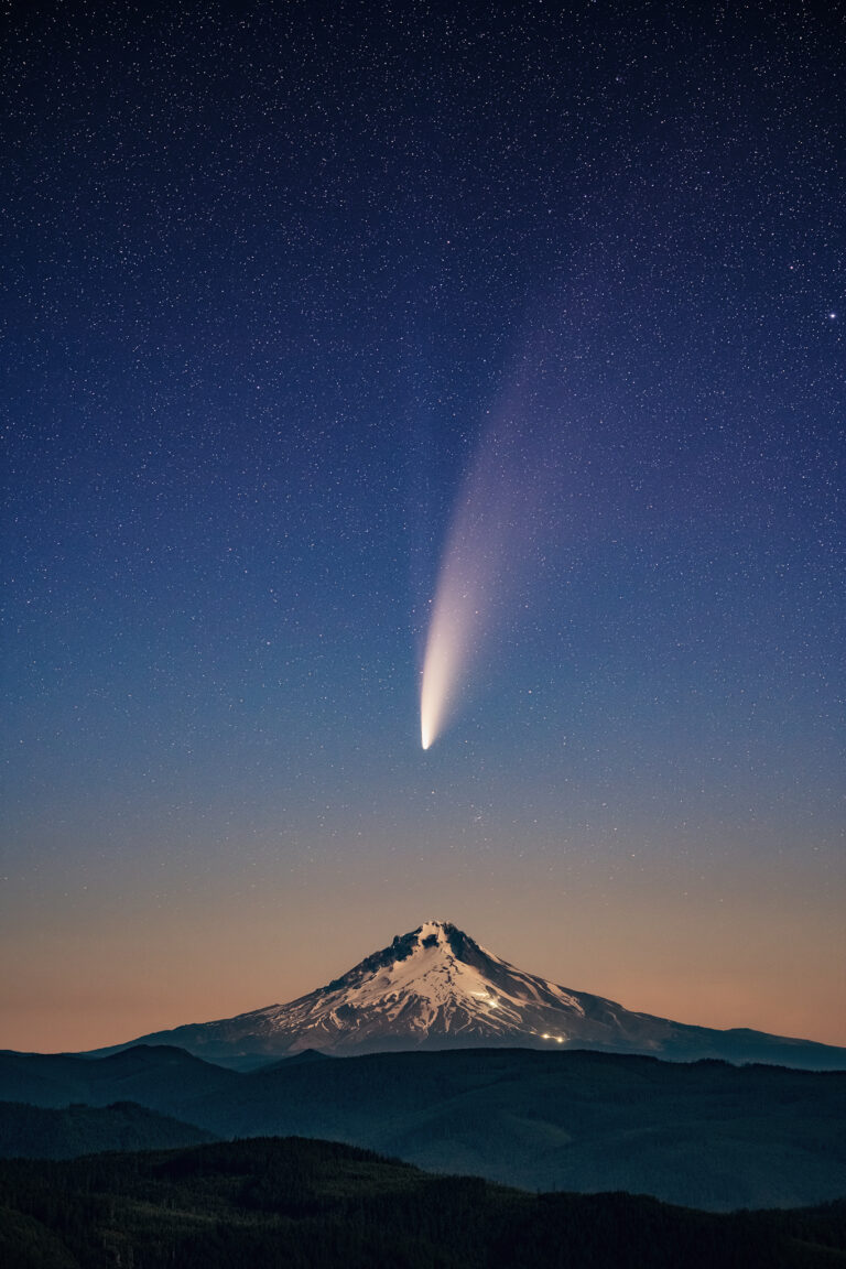 Comet NEOWISE and Mt Hood, Sony a7III, Sigma 105mm, ISO 3200, f/2.5, 3.2 seconds. Image processing by Marybeth Kiczenski.